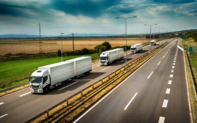 Fleet-of-White-Semi-Trucks-768x505